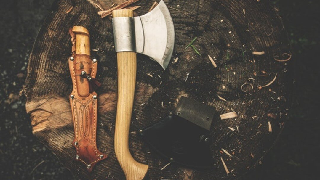 Bushcraft Gear – 9 Essential Items You Need for Survival